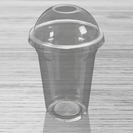 Plastične čaše sa poklopcem